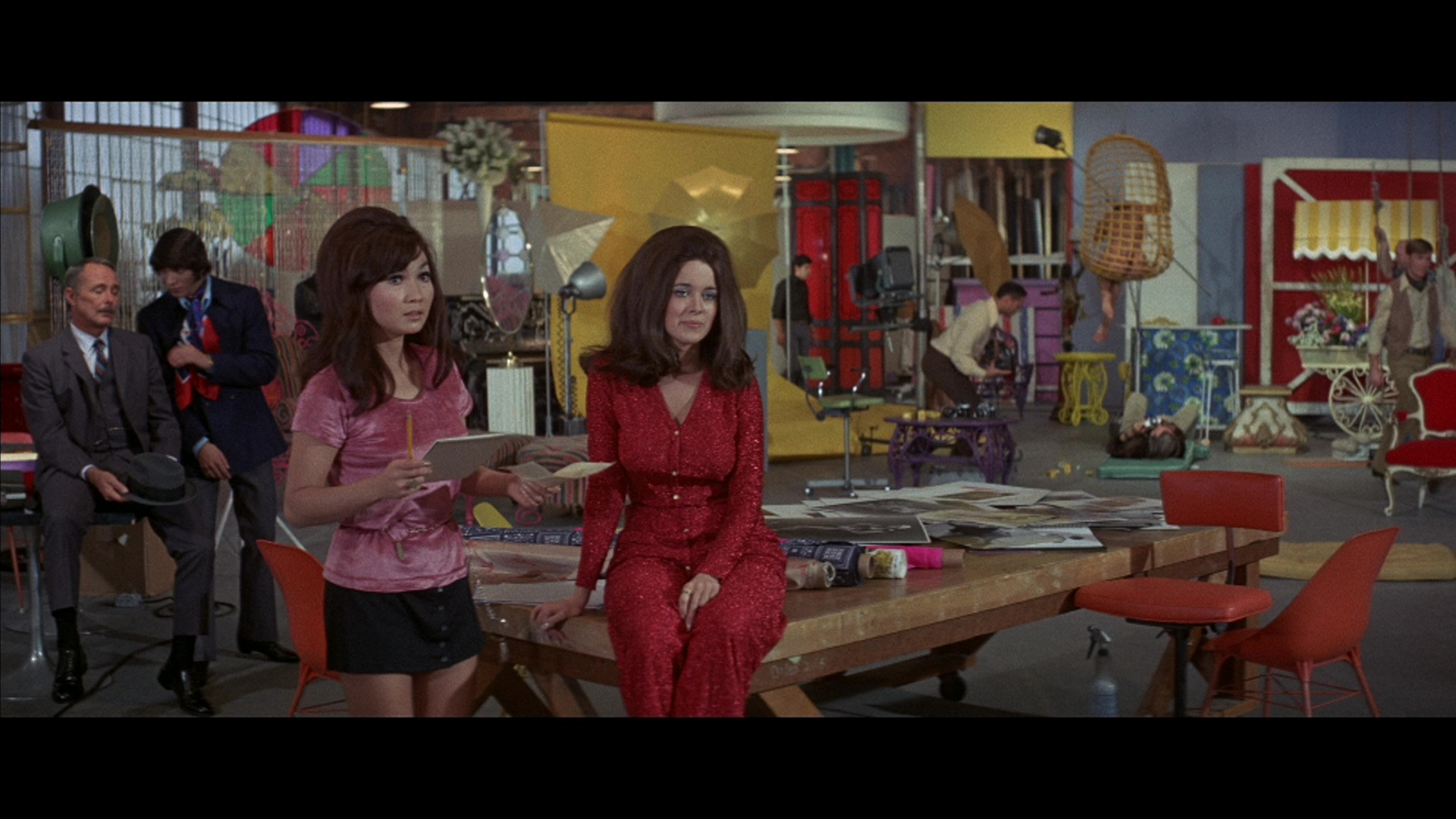Beyond the Valley of the Dolls - 447.1KB